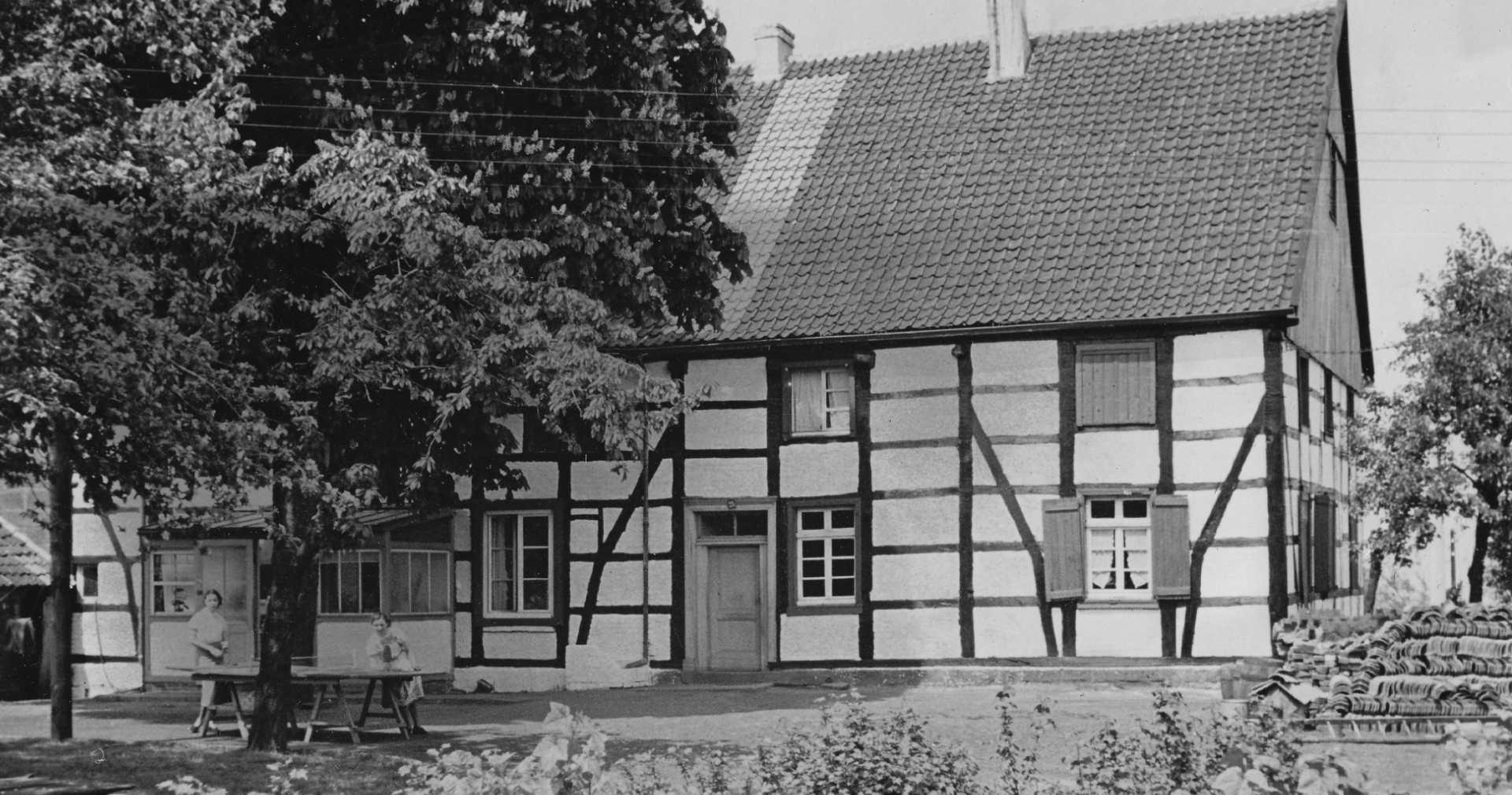 Gartenseite in den 50er Jahren